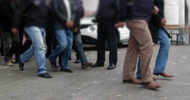 Uşak'taki operasyonda 8 kişi tutuklandı