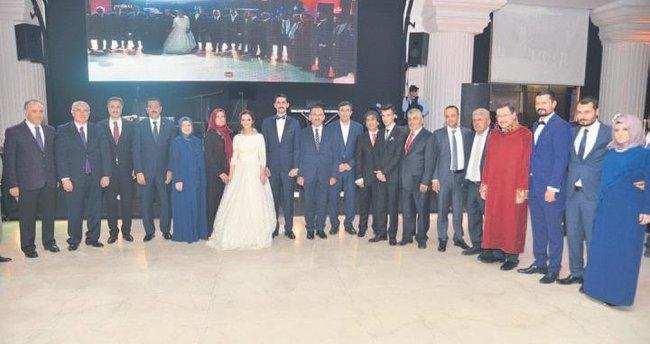 Yargı camiasını bir araya getiren düğün