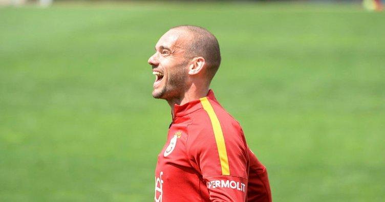Sneijder'in menajerinden flaş transfer sözleri!