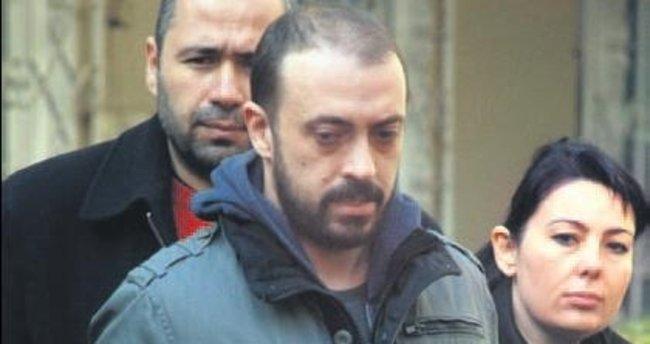 Kerem Altan'a yurtdışı yasağı