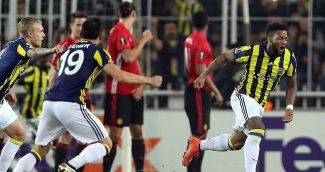 Fenerbahçe, Kadıköy'de Manchester'ı devirdi!