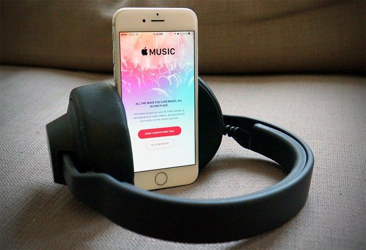 Apple Music Facebook Messenger'a geliyor