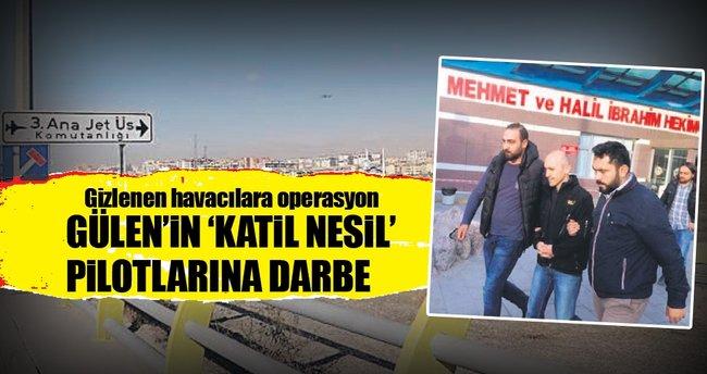 Gülen'in 'altın nesil' pilotlarına darbe