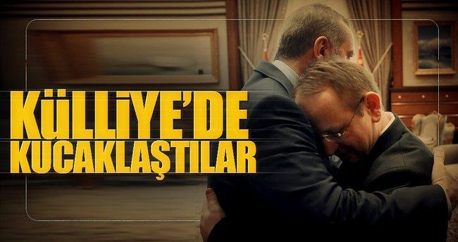 Erdoğan'ın 15 Temmuz gazisiyle kucaklaştığı an