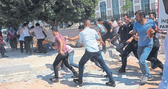 PKK yandaşları polise saldırdı