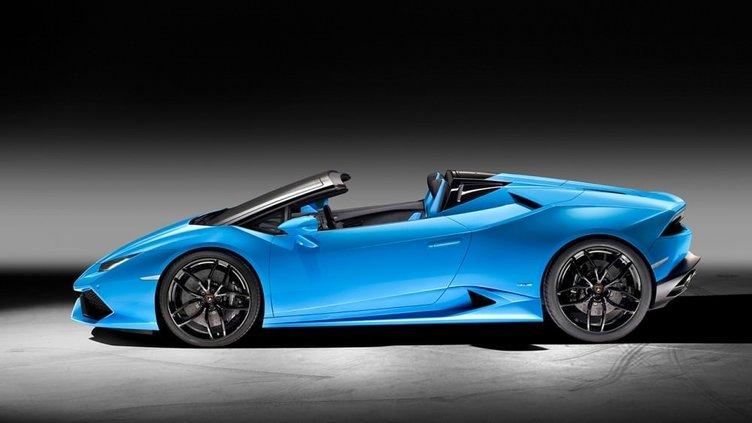 Lamborghini Huracan Spyder uçuşa hazır