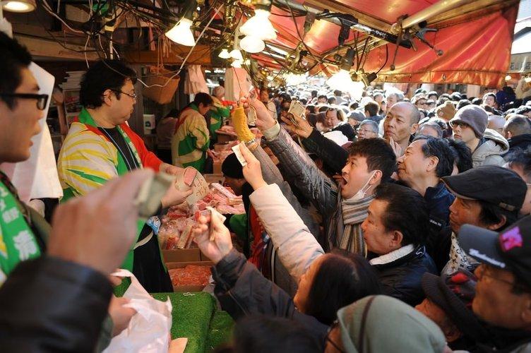 Tokyo'da yeni yıl alışverişi