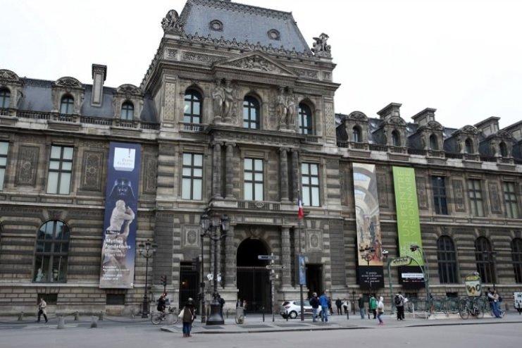 Fransa'da sellerin faturası ağır oldu