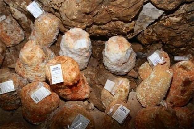 Yerin metrelerce altında üretilen peynir