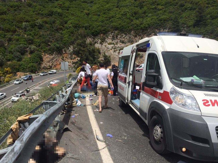 Son dakika haberi: Tur otobüsü devrildi! Ölü ve yaralılar var