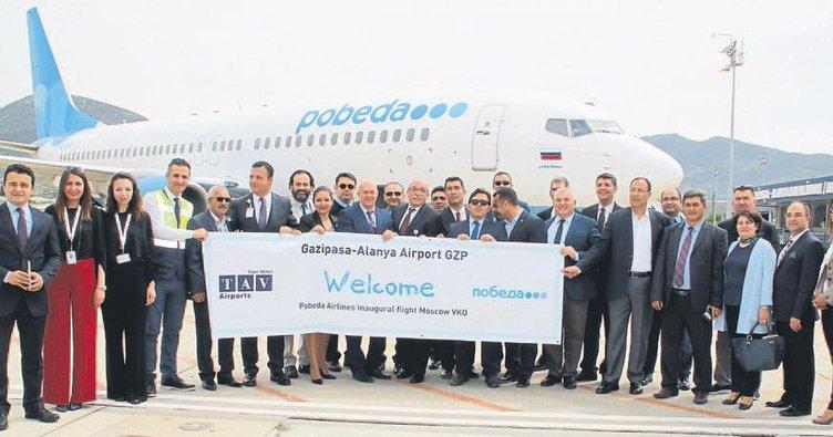 Gazipaşa'ya ilk Rus uçağı indi