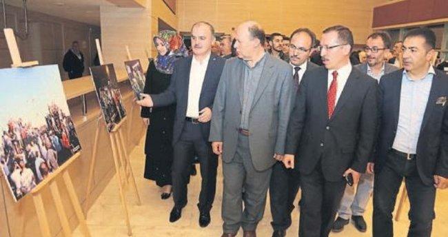 Pamukkale demokrasi şehitlerini unutmadı