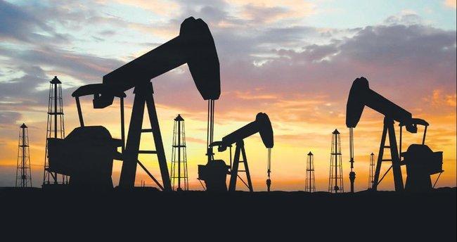 Petrol fiyatlarının kaderi zirveye bağlı