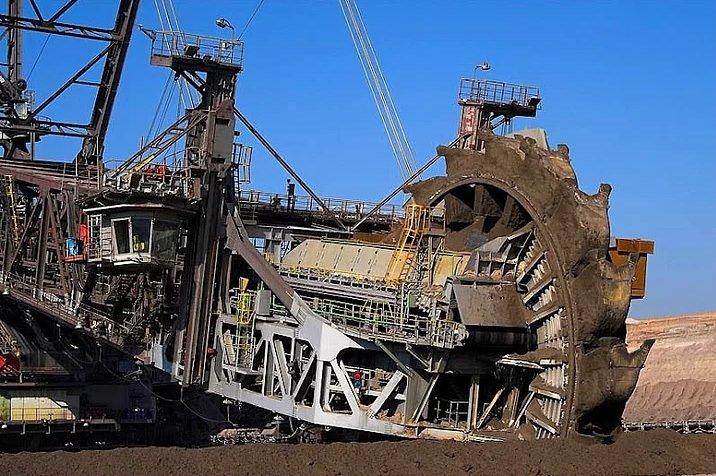 Dünyanın en büyük iş makinesi