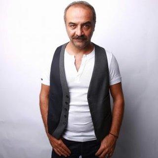 Yılmaz Erdoğan tiyatroya ağırlık verecek