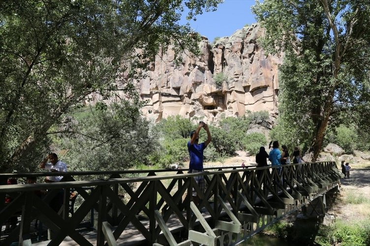 Ihlara Vadisi turistlerin gözdesi