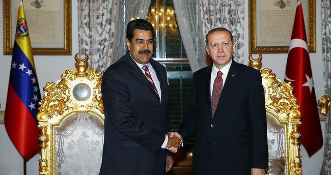 Cumhurbaşkanı Erdoğan, Venezuela Devlet Başkanı Moros'la görüştü