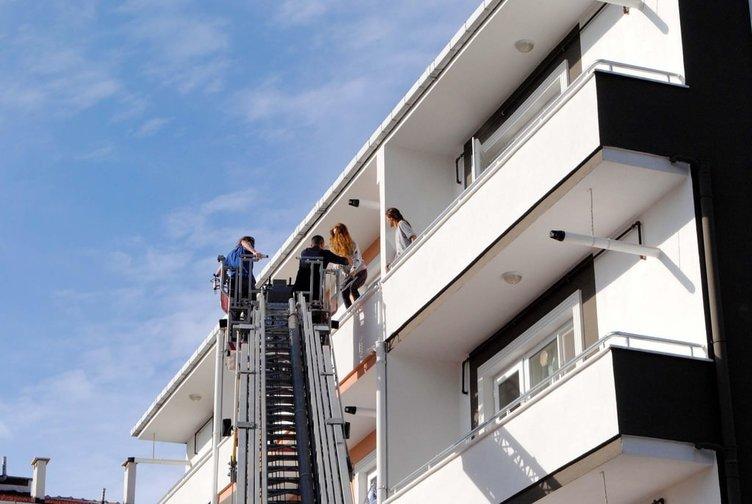Kız öğrencilerin kaldığı apart binada korkutan yangın