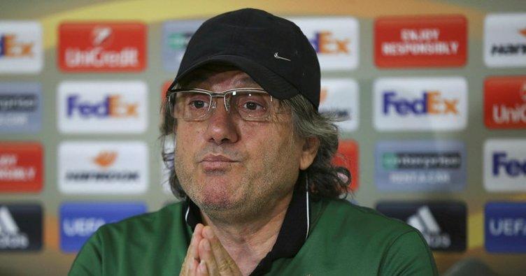 Konyaspor, Mustafa Reşit Akçay ile anlaştı