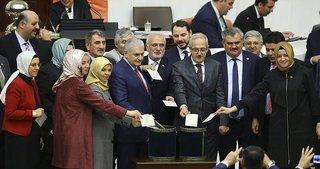 Anayasa değişiklik teklifinin 18. maddesi kabul edildi