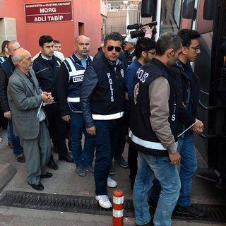 Kayseri'de FETÖ/PDY soruşturması 'Bylock' kullandığı tespit edilen 31 kişi adliyeye sevk edildi