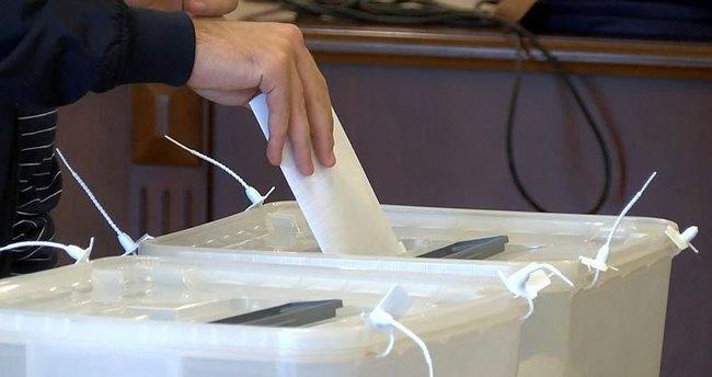 Azerbaycan'da referanduma katılım oranı yüzde 69,7 oldu