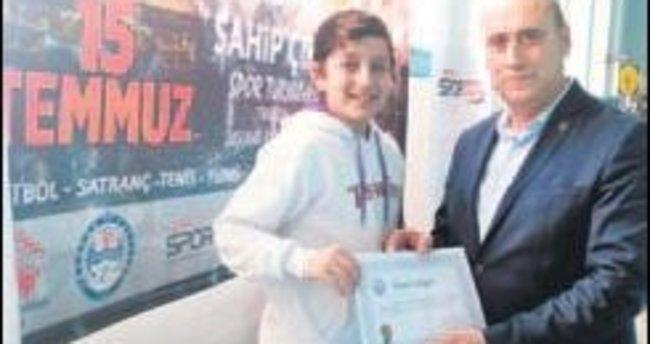 Trabzon'da tam 530 sporcu şehit aileleri için ter döktü