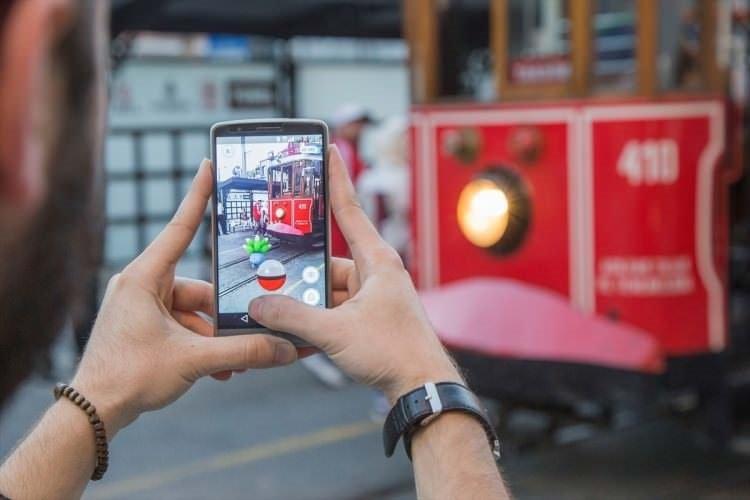 Pokemon GO çılgınlığı İstanbul sokaklarında!