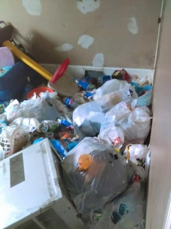 Uyuşturucu bağımlısı ailenin öldüğü çöp evdeki feci manzara herkesi şoke etti!