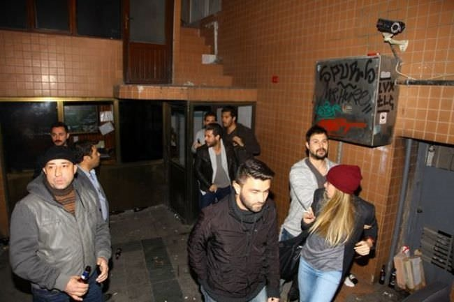 Rüzgar Çetin'den muştalı kavga