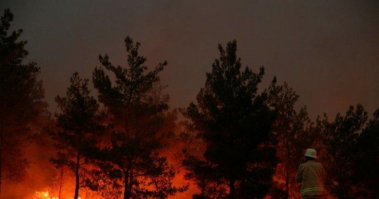 İzmir'de yangın söndürme helikopteri düştü