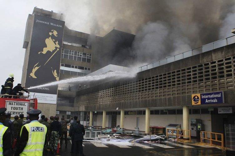 Havalimanında büyük yangın!