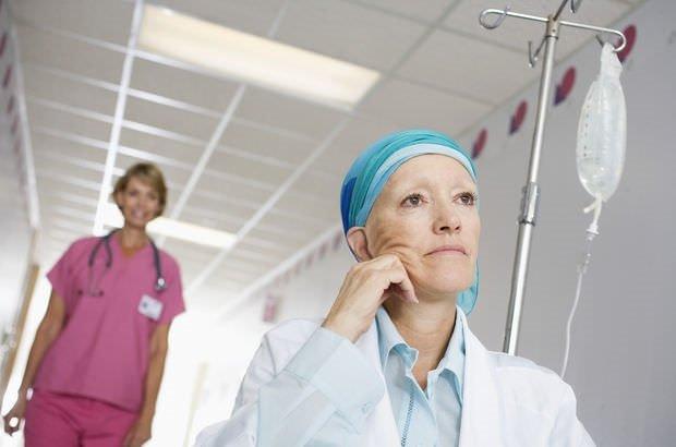 Meme kanserinde kadınlara güç veriyor…