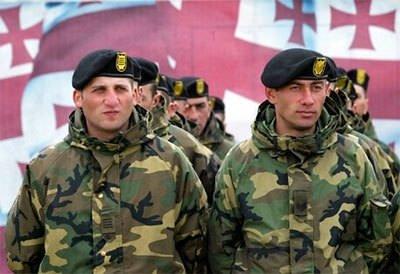 Ülke ülke askerlik uygulamaları...