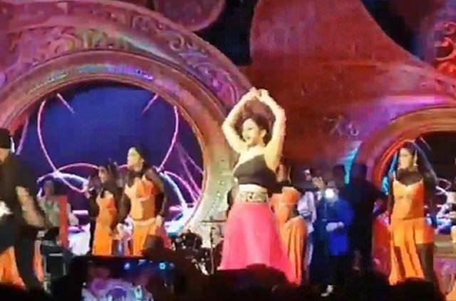 Hindistan'da 74 milyon dolarlık düğüne halktan tepki