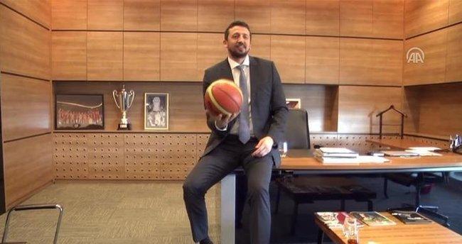 Türkoğlu: Cumhurbaşkanımız ile basketbol oynuyoruz