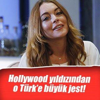 Lindsay Lohan'dan Özlem Süer'e büyük jest