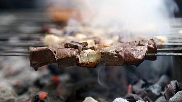 Şanlıurfa'da iftar ile sahur arasında 3 ton ciğer tüketiliyor