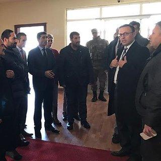 Karayazı Belediyesine görevlendirilen Aksoy görevine başladı