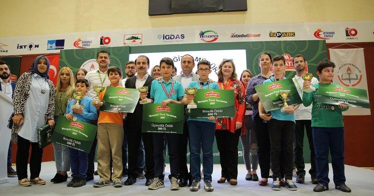 İlkokul öğrencileri mangala turnuvasında yarıştı!