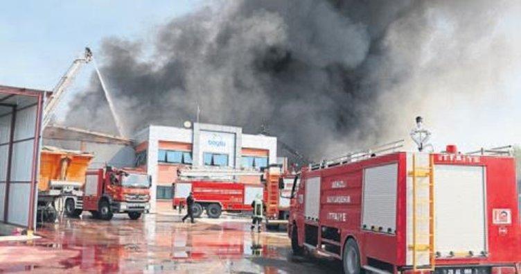 Denizli OSB'de korkutan yangın