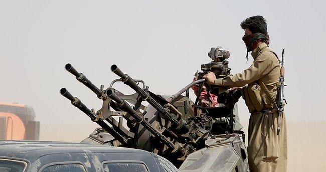 Peşmerge Musul'un girişine yakın bölgeleri bombalıyor!