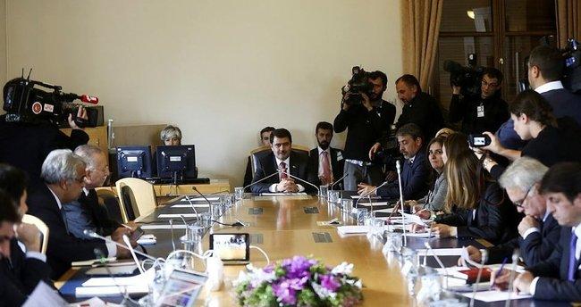 Komisyon Vali Şahin'i dinliyor