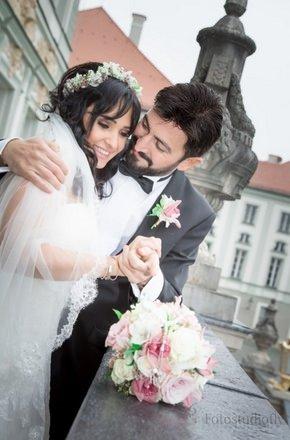 Ferman Toprak evlendi