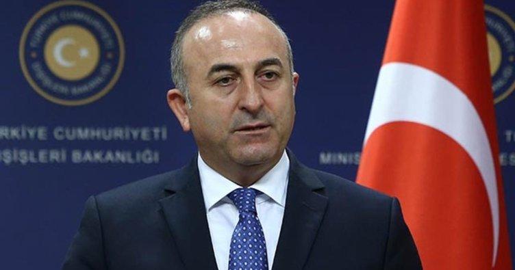 Dışişleri Bakanı Çavuşoğlu: Hainlerin paçavralarıyla poz verenden mi tarafsızlık bekleyeceğiz