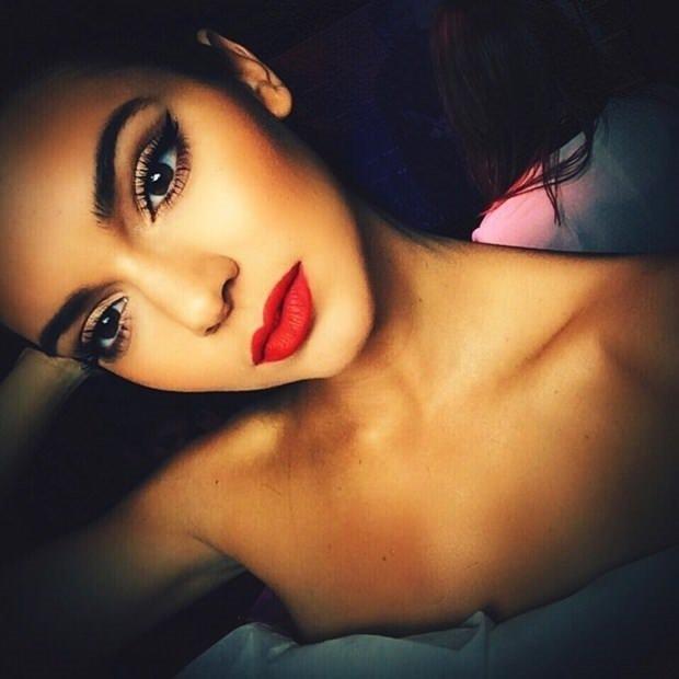 Kendall Jenner makyajsız yakalandı