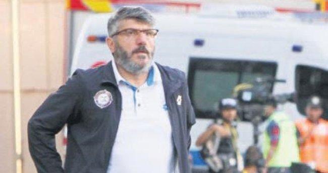 Mustafa Akçay'dan Terim'e tam destek