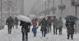 Son dakika: İstanbul'da beklenen kar yağışı başladı