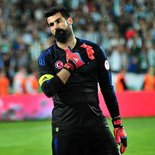 Fenerbahçe, Volkan Demirel'den sonrası için kaleci arıyor