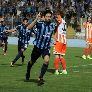 Derbide kazanan Adana Demirspor